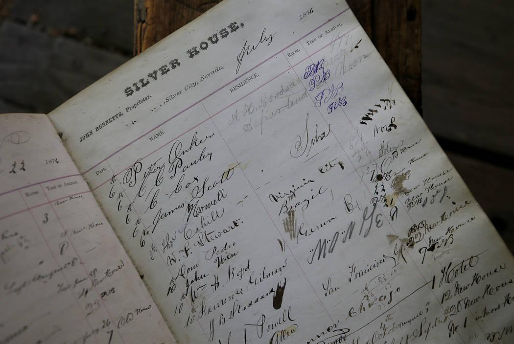 Ron Bommarito ha pasado toda una vida viajando por el estado recolectando piezas de la historia de Nevada para su Museo y Archivos de Génova, en Génova, Nevada. 28 de junio de 2018. Cathleen All ...