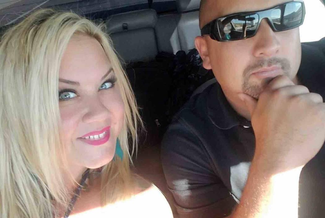 Heather Warino Alvarado y su esposo, Albert Alvarado. (GoFundMe)