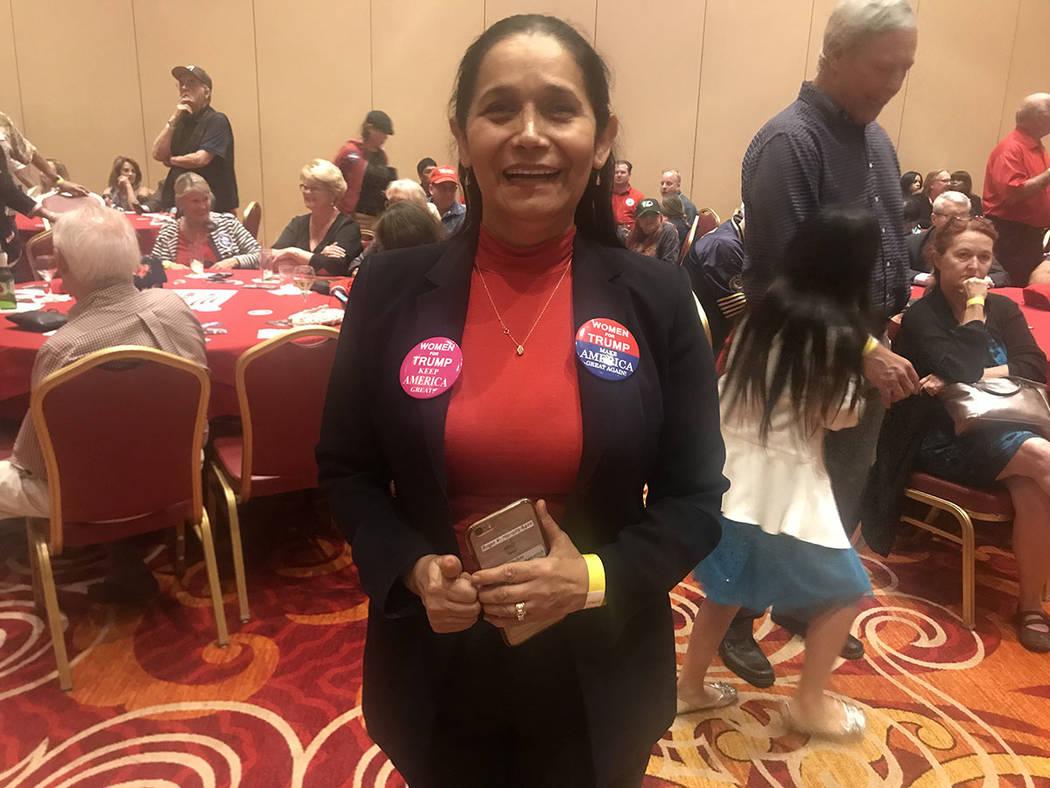 La analista republicana Myriam Witcher aseguró sentirse preocupada por la agenda demócrata. Martes 6 de noviembre en el hotel & casino South Point. Foto Anthony Avellaneda / El Tiempo.