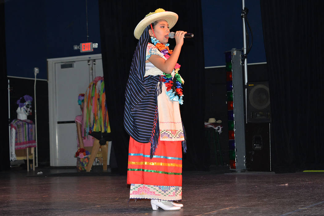 Ariana Rodríguez cantó 'La Cigarra'. Sábado 10 de noviembre de 2018, en el renombrado Centro Cultural Winchester Dondero. Foto Frank Alejandre / El Tiempo.