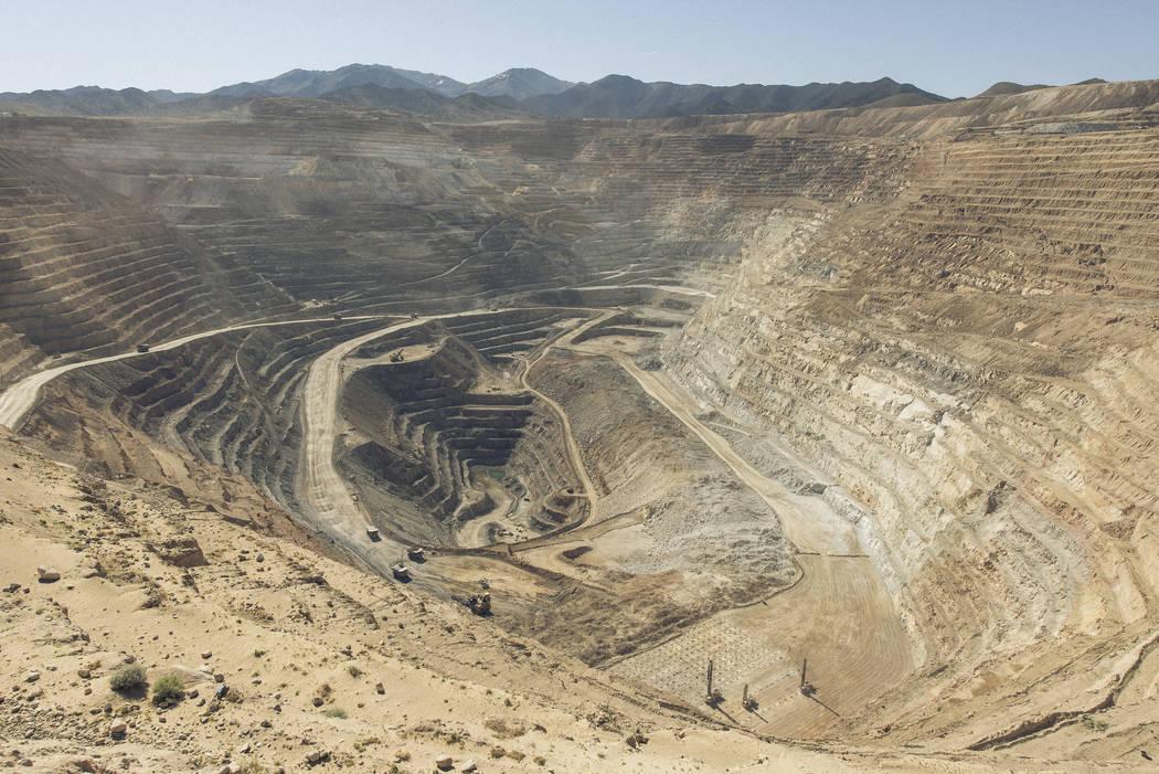 Cortesía de Round Mountain Gold Corp. Operaciones de Round Mountain Gold Corp. en Round Mountain. La mina se encuentra a unos 55 kilómetros al norte de Tonopah.