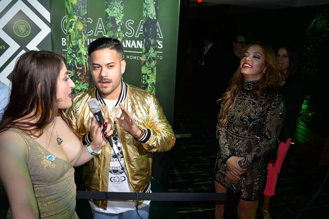En la alfombra desfilaron muchas celebridades como AJ El Kallejero Ramos, Jean Rodríguez, Play-N-Skillz, J Balvin y Danny Flores. Martes 13 de noviembre de 2018, en el Moon, antro localizado en F ...