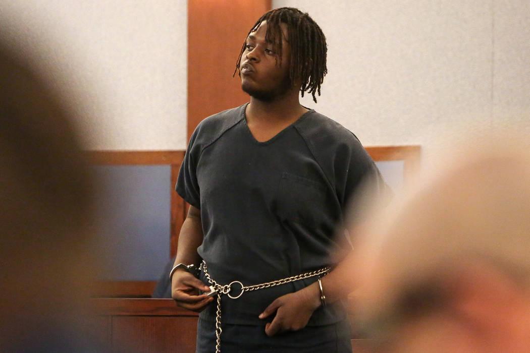 Erin Deshawn Lynn Hines, el sospechoso del tiroteo de una niña de 11 años en el North Las Vegas, se presenta para la comparecencia en el Centro Regional de Justicia de Las Vegas, el martes 6 de ...