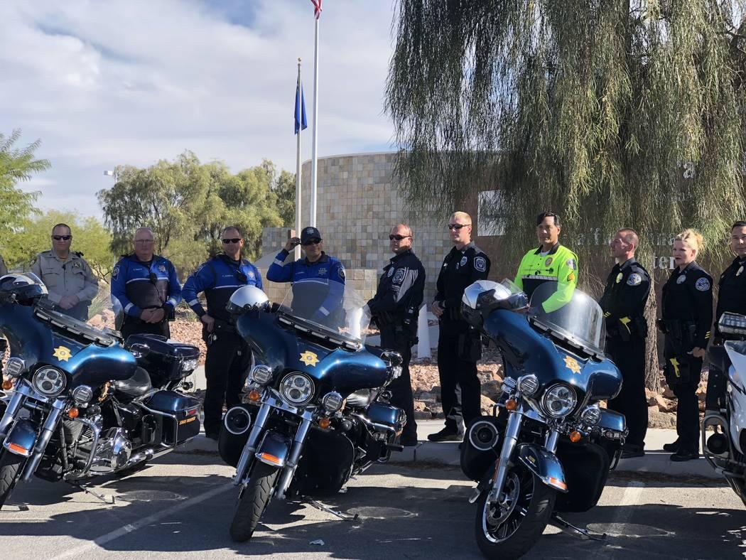 """La policía de Las Vegas, Henderson y North Las Vegas se unen a la Patrulla de Carreteras de Nevada en el comando sur de la agencia para iniciar la última campaña estatal """"Click It or Ticket"""" di ..."""