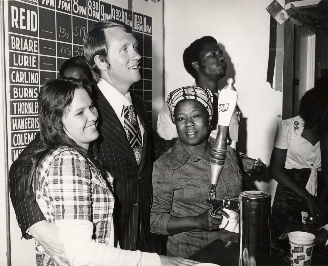 Harry Reid durante Candidatura para Regente en 1975.