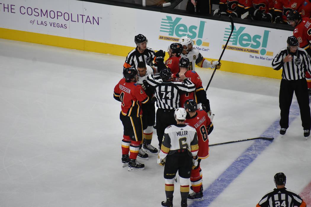 Vegas Golden Knights enfrentaron a Calgary Flames en un juego donde ambos equipos generaron jugadas de gol. Viernes 23 de noviembre de 2018 en T-Mobile Arena. Foto Anthony Avellaneda / El Tiempo.