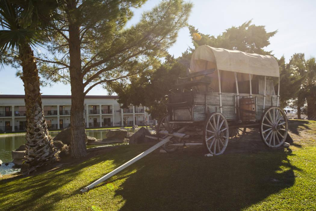 Un vagón cubierto en el casino Longstreet de Jim Marsh en Amargosa Valley el domingo 28 de octubre de 2018. Chase Stevens Las Vegas Review-Journal @csstevensphoto