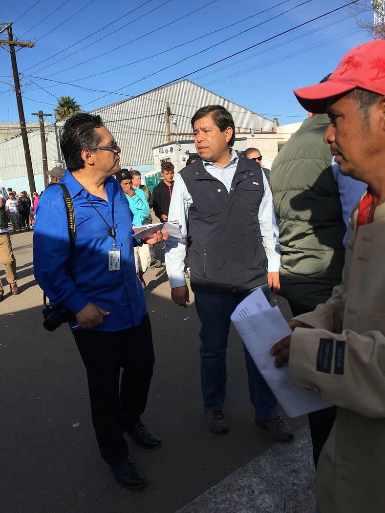 El Tiempo entrevistó a Tonatiuh Guillén, académico tijuanense, designado por el nuevo gobierno de Andrés Manuel López Obrador, al que este sábado 1 de diciembre, al tomar posesión deberá r ...