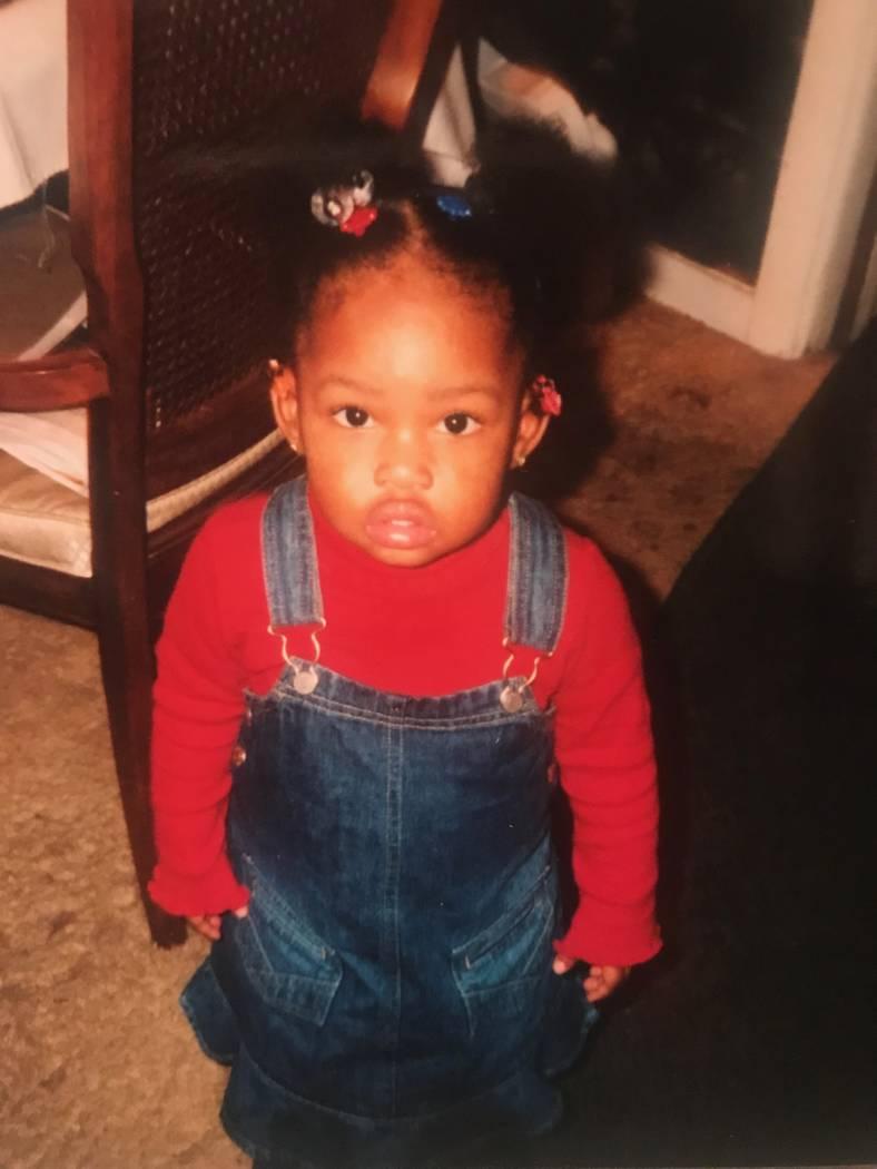 Una foto de la infancia de Indya Willis tomada en la casa de su abuela en Chicago.