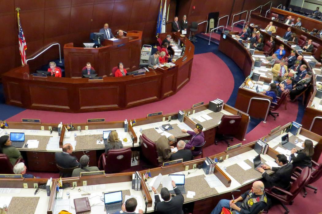 Asambleístas de Nevada trabajando en la sesión 79 de la Legislatura Estatal de Nevada, en 2017. Foto Anthony Avellaneda / El Tiempo.