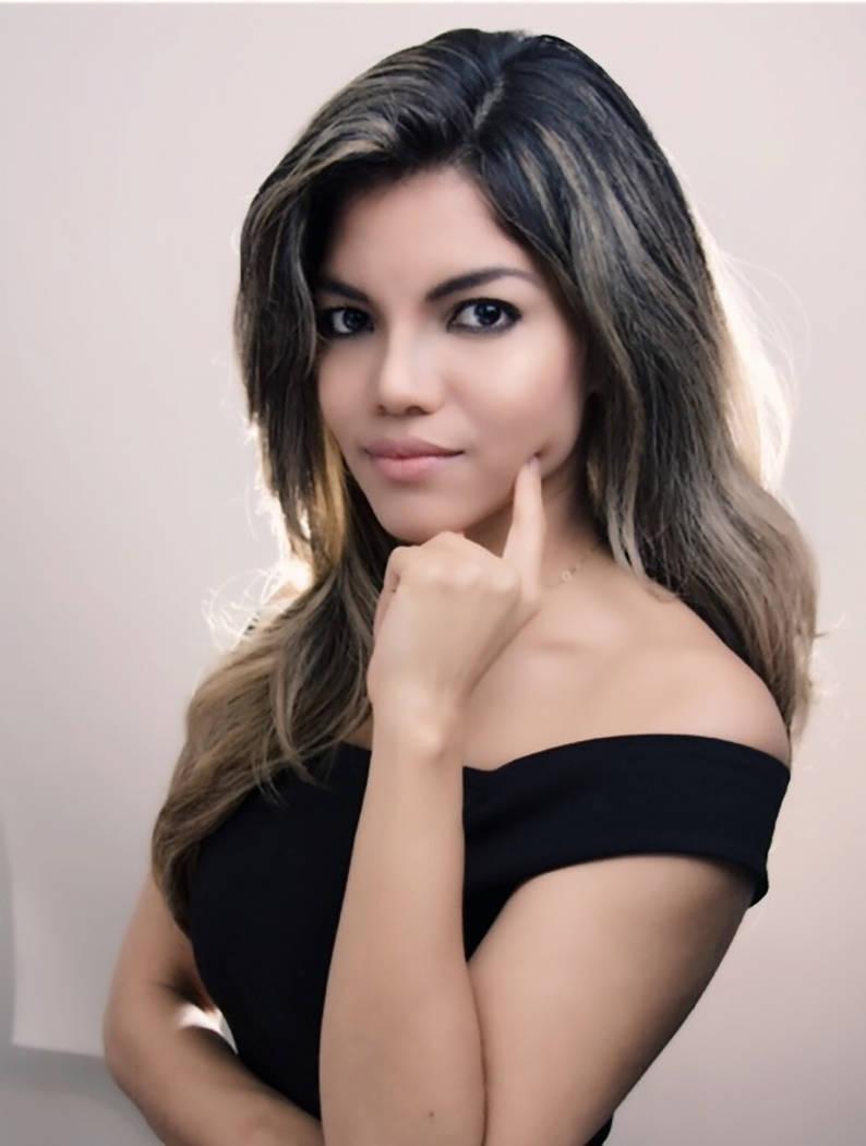 Yalí Núñez, directora de Medios Hispanos de RNC. [ Foto Cortesía ]