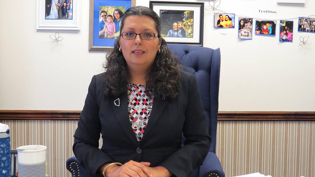 Archivo.- Olivia Díaz recibió a El Tiempo en su oficina en Carson City durante la Sesión Legislativa del 2017. Foto Anthony Avellaneda / El Tiempo.