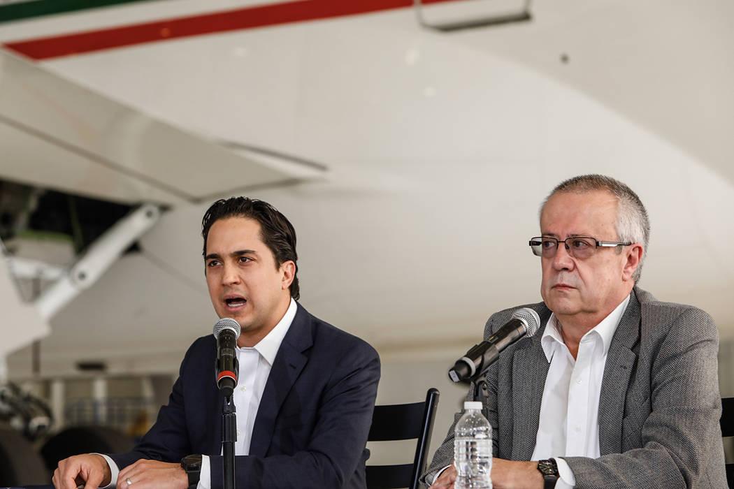 ARCHIVO. México, 2 Dic 2018 (Notimex- Jessica Espinosa).- En el Hangar Presidencial, el director general de Banobras Jorge Mendoza, dio a conocer los detalles de la venta del avión presidencial, ...