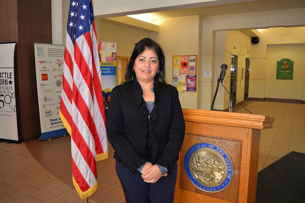 Rosa Alejandre, gerente del programa de navegadores. Viernes 14 de diciembre de 2018, en el edificio estatal Grant Sawyer. Foto Frank Alejandre / El Tiempo.