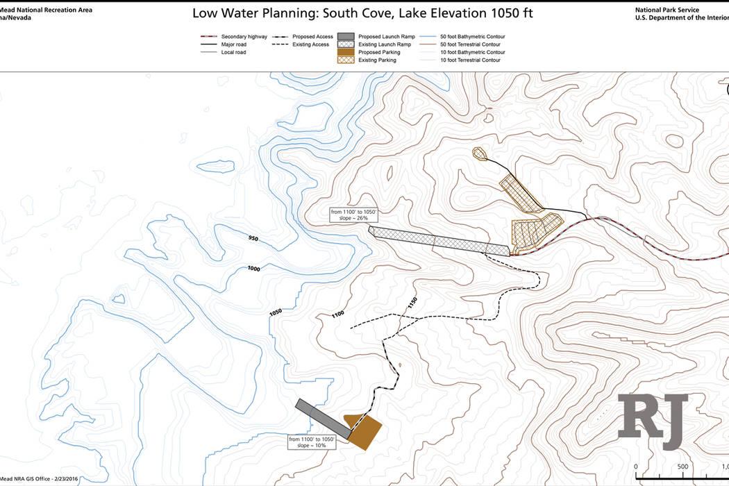 Un mapa muestra la rampa de lanzamiento actual del barco (arriba) y la ubicación prevista de una nueva rampa de bajamar en South Cove, en el extremo este del lago Mead. (Servicio de Parques Nacio ...
