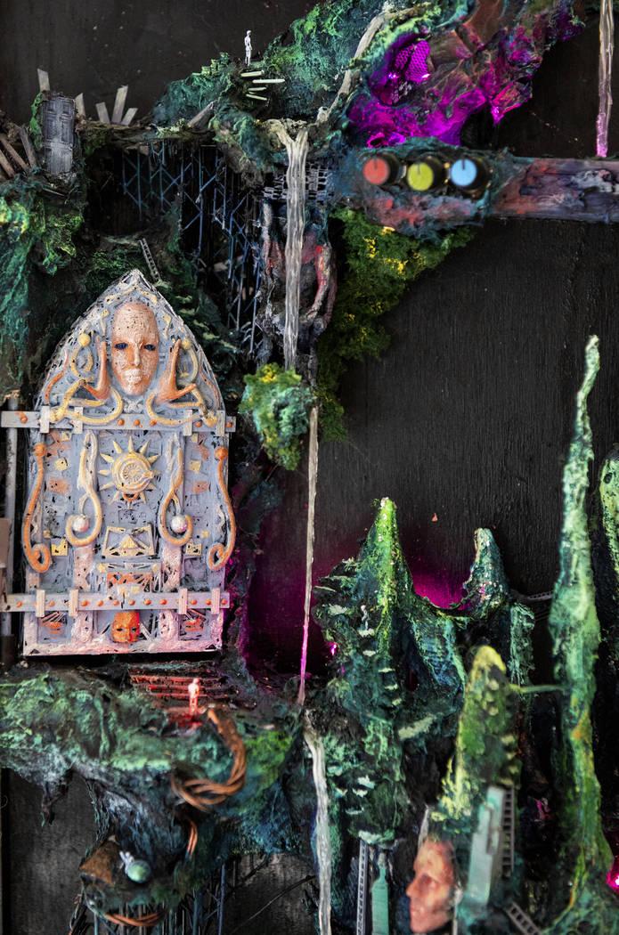 """""""The Gardens of Enki"""" de Kent Caldwell está en exhibición en Core Contemporary Gallery en Las Vegas, el miércoles 12 de diciembre de 2018. Caroline Brehman / Las Vegas Review-Journal"""