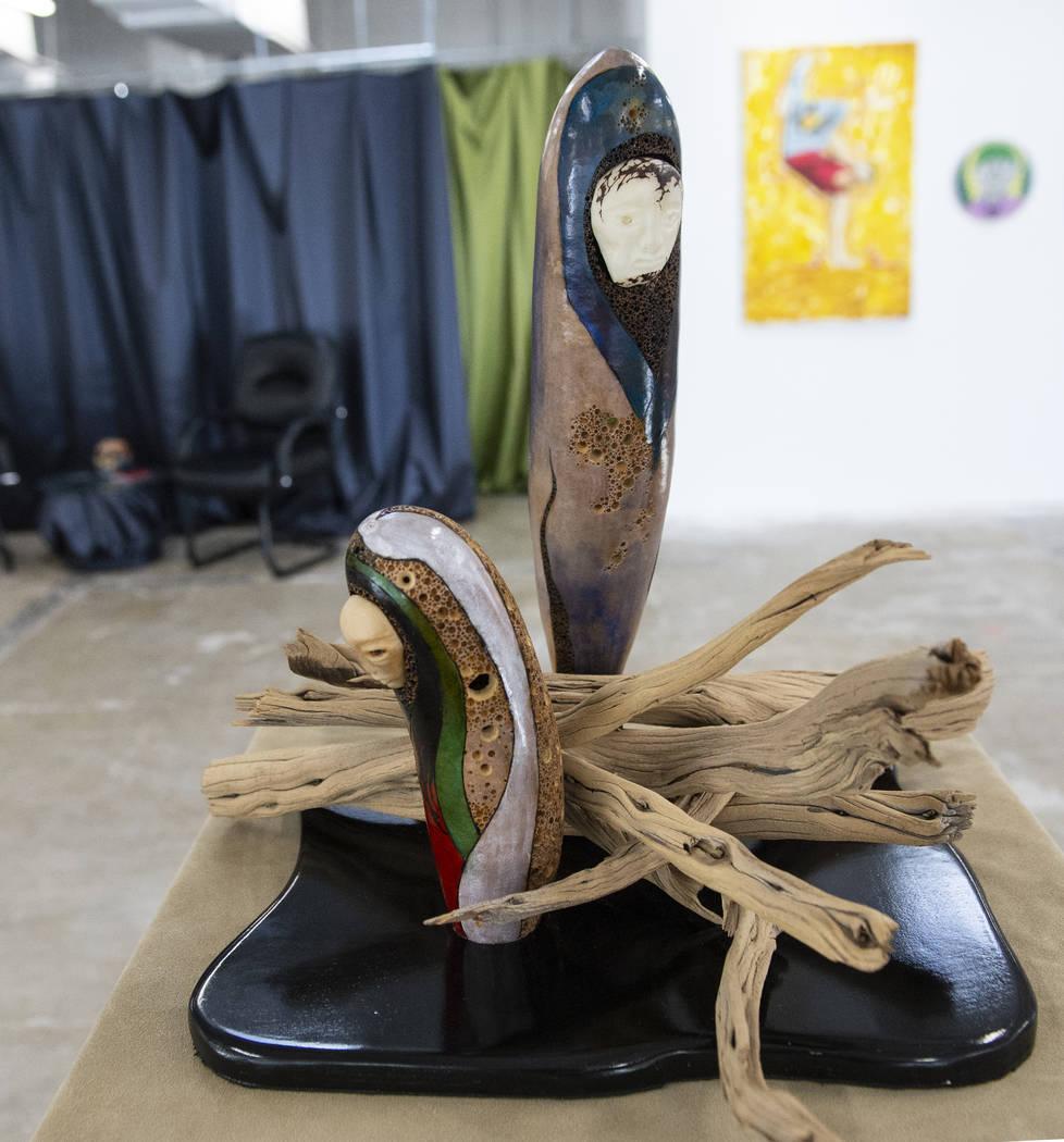"""""""Emergence"""" de Renee McHenry está en exhibición en Core Contemporary Gallery en Las Vegas, el miércoles 12 de diciembre de 2018. Caroline Brehman / Las Vegas Review-Journal"""