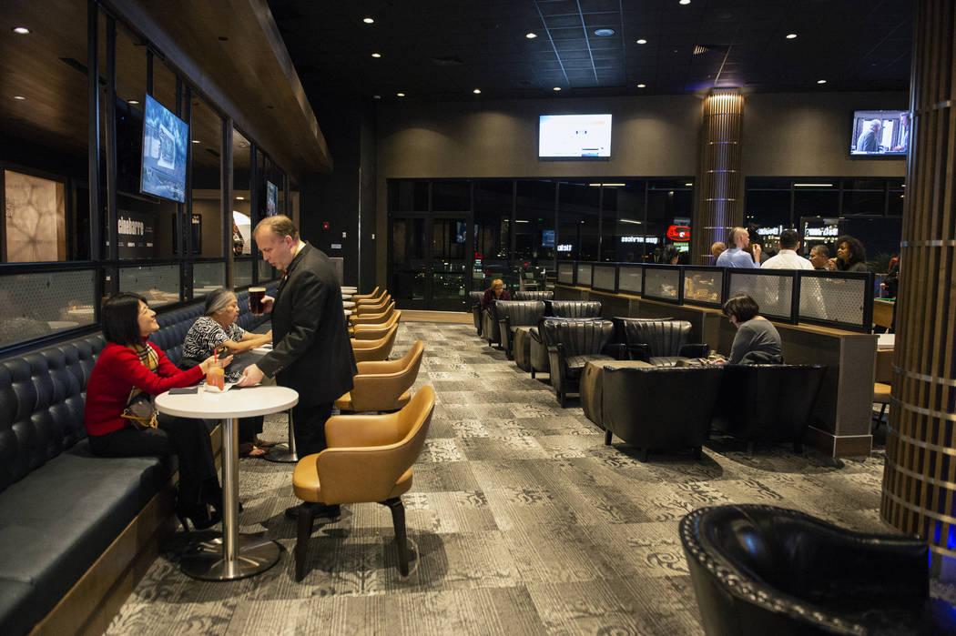 Regal Cinebarre, el nuevo cine de Palace Station, presenta su inauguración en Las Vegas, el martes 18 de diciembre de 2018. Caroline Brehman / Las Vegas Review-Journal