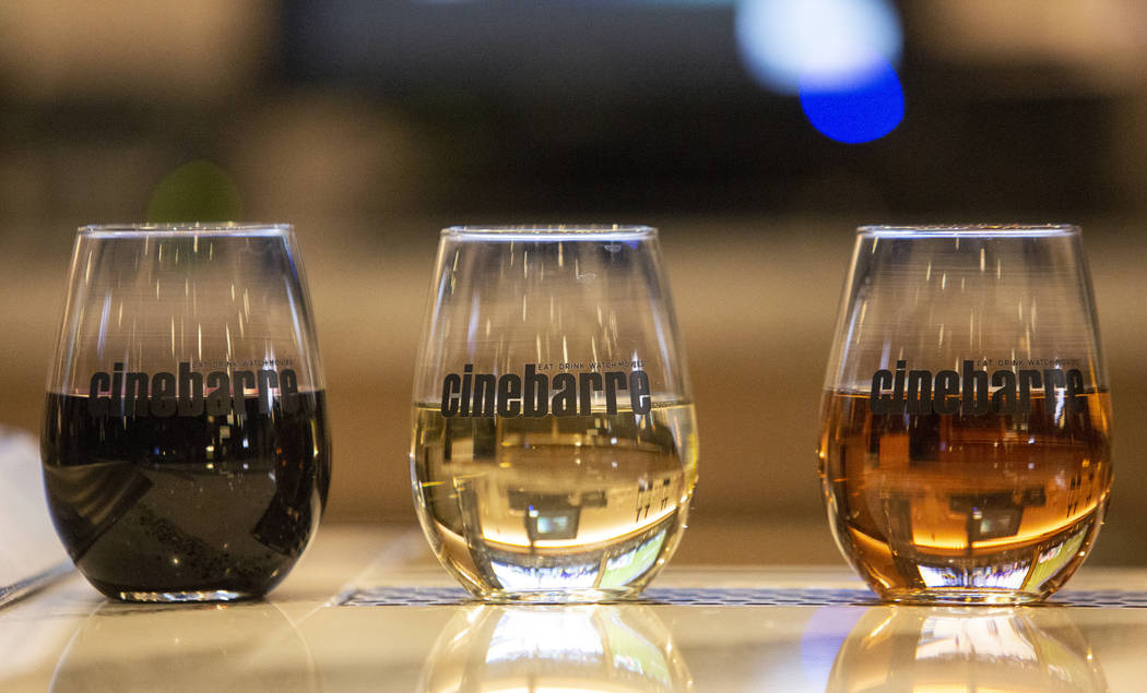 Una selección de vinos está disponible en Regal's Cinebarre, el nuevo cine de Palace Station, en Las Vegas, el martes 18 de diciembre de 2018. Caroline Brehman / Las Vegas Review-Journal en Las ...
