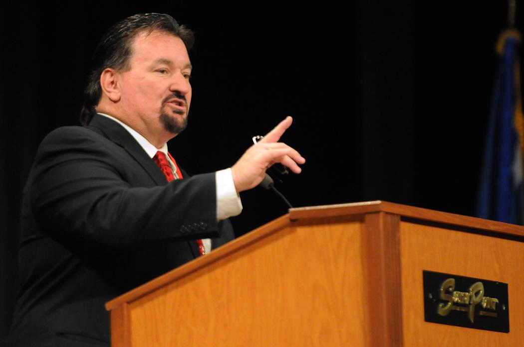 Michael McDonald habla durante la convención del Partido Republicano de Nevada en el casino-hotel South Point en Las Vegas el sábado 12 de abril de 2014. (Erik Verduzco / Las Vegas Review-Journal)