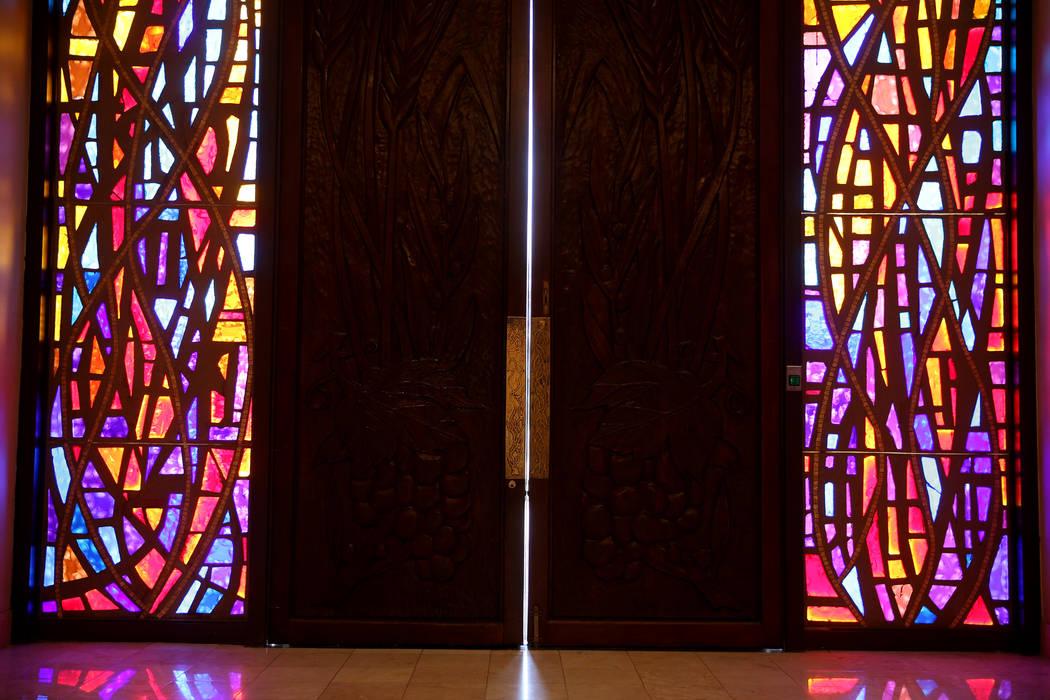 Puertas en Temple Beth Sholom en Las Vegas el viernes 14 de diciembre de 2018. K.M. Cannon Las Vegas Review-Journal @KMCannonPhoto