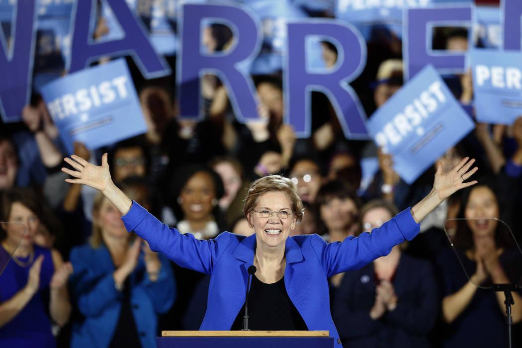 La senadora Elizabeth Warren, demócrata por Massachusetts, pronuncia su discurso de victoria en una fiesta de vigilancia de las elecciones demócratas en Boston, el 6 de noviembre de 2018. La dem ...