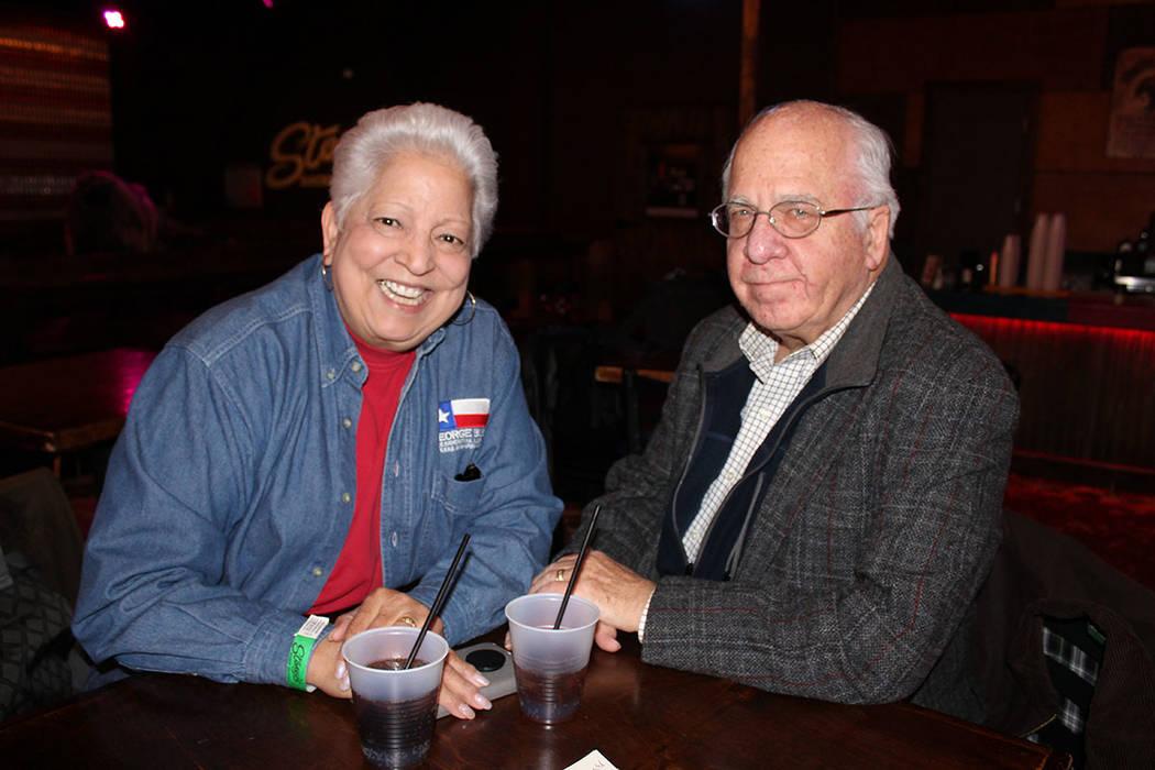 Guadalupe Vásquez y su esposo, pidieron a los republicanos atención en acceso a la vivienda, seguridad y disminución de las personas en situación de calle. Viernes 4 de enero de 2019 en Stoney ...