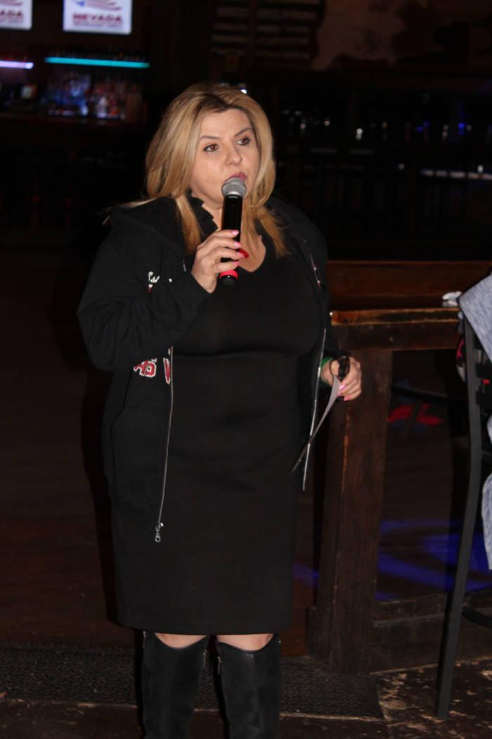 Michele Ann Fiore fue elegida en 2017 para el Concejo Municipal de Las Vegas por el Distrito 6, ella solicitó a sus colegas conocer a sus vecinos y trabajar en sus necesidades. Viernes 4 de enero ...