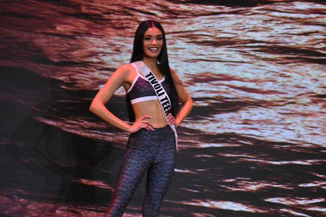 Erica Bonilla, de 18 años de edad y de ascendencia salvadoreña, fue elegida como la nueva Miss Nevada Teen USA. Domingo 6 de enero de 2019 en el casino South Point. Foto Anthony Avellaneda / El ...