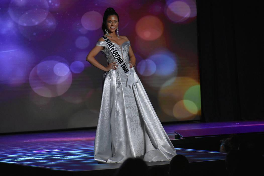 El certamen incluyó a 13 participantes de la categoría Mis Nevada Teen USA, mientras que para Miss Nevada USA fueron 28 las concursantes. Domingo 6 de enero de 2019 en el casino South Point. Fot ...