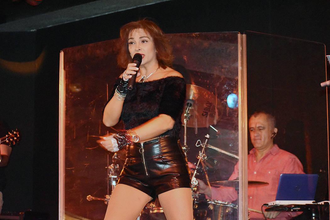 Claudine Castro protagoniza todos los viernes una fiesta de baile latino en el escenario del Roxy's Lounge dentro del Sam's Town. ¡La fiesta empieza a las 9 de la noche! Viernes 4 de enero de ...