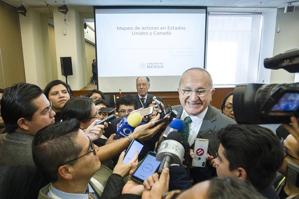 México, 9 Ene 2019 (Notimex-José Pazos).- El subsecretario de Relaciones Exteriores para América del Norte, Jesús Seade, encabezó el Panel del TMEC en el marco de la XXX Reunión de Embajador ...
