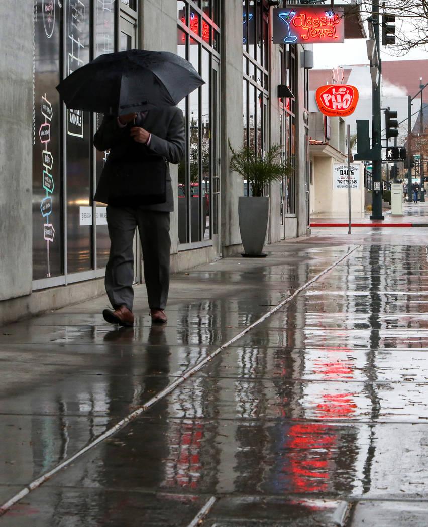 Bonneville Avenue en el centro después de la lluvia en Las Vegas, martes 15 de enero de 2019. Caroline Brehman / Las Vegas Review-Journal