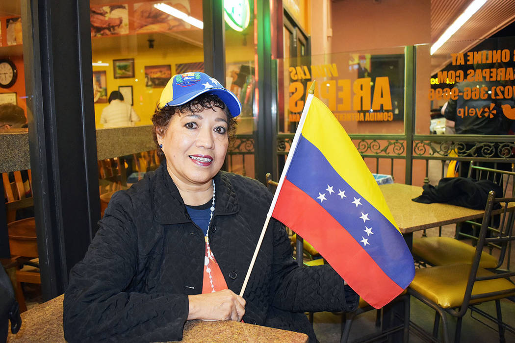 Zoraida Caldera, directora de la Fundación Cultural Venezuela, participó en la movilización que realizaron miembros de la comunidad venezolana residentes en Las Vegas. Miércoles 23 de enero de ...