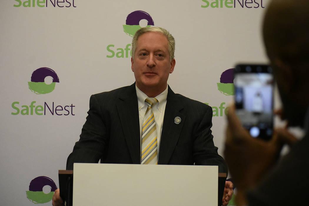 Legisladores de Nevada expresaron su apoyo al Proyecto Safe 417 de SafeNest. Jueves 24 de enero de 2018 en la oficina de SafeNest. Foto Anthony Avellaneda / El Tiempo.