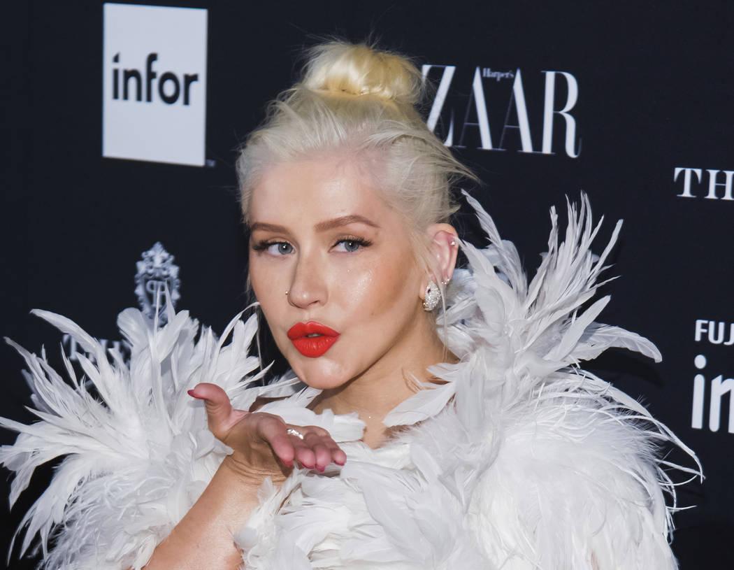 """En esta foto de archivo del 7 de septiembre de 2018, Christina Aguilera asiste a la fiesta de Harper's BAZAAR """"ICONS by Carine Roitfeld"""" en The Plaza en Nueva York. (Foto por Charles Sykes / Invis ..."""
