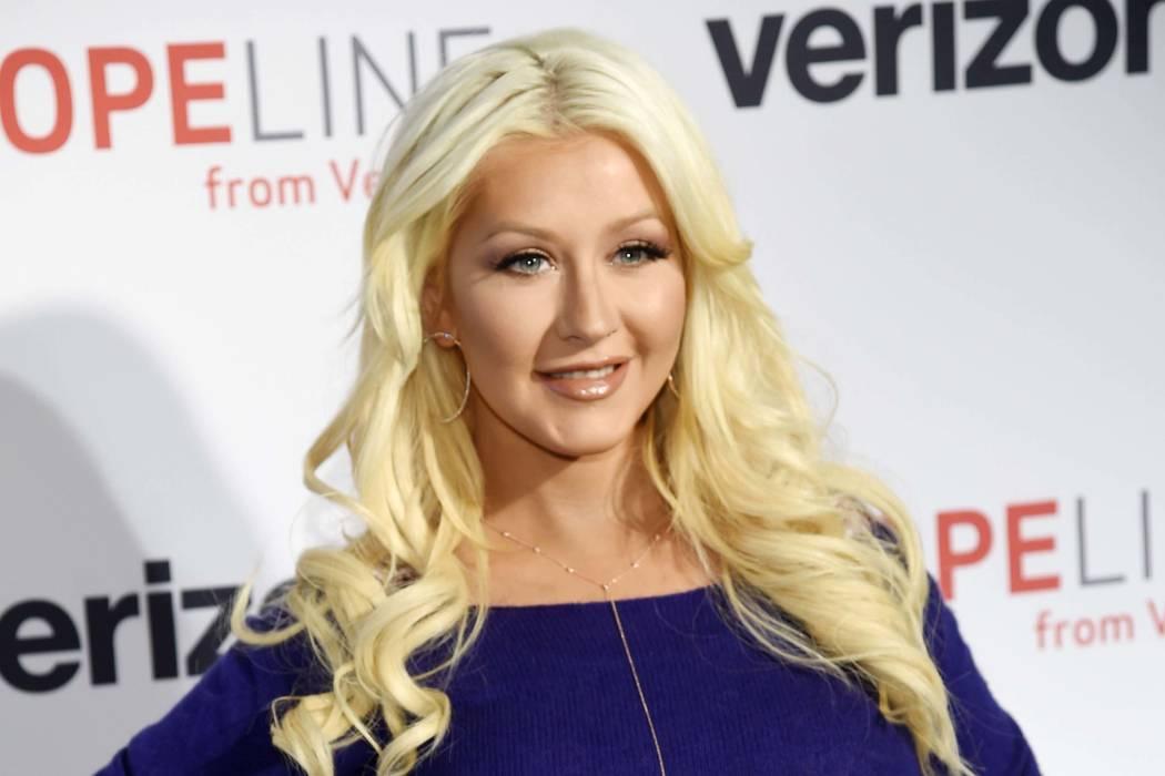 """Christina Aguilera ha lanzado una nueva canción, """"Change"""", luego del tiroteo masivo en un club nocturno de Orlando, el jueves 16 de junio de 2016. (Chris Pizzello / Invision / AP)"""