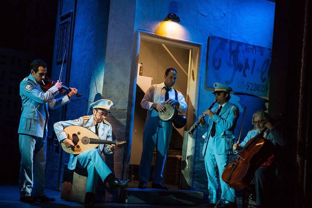 """""""La visita de la banda"""" es una de las ofertas de la serie The Smith Center Broadway para 2019-20. (Matthew Murphy)"""
