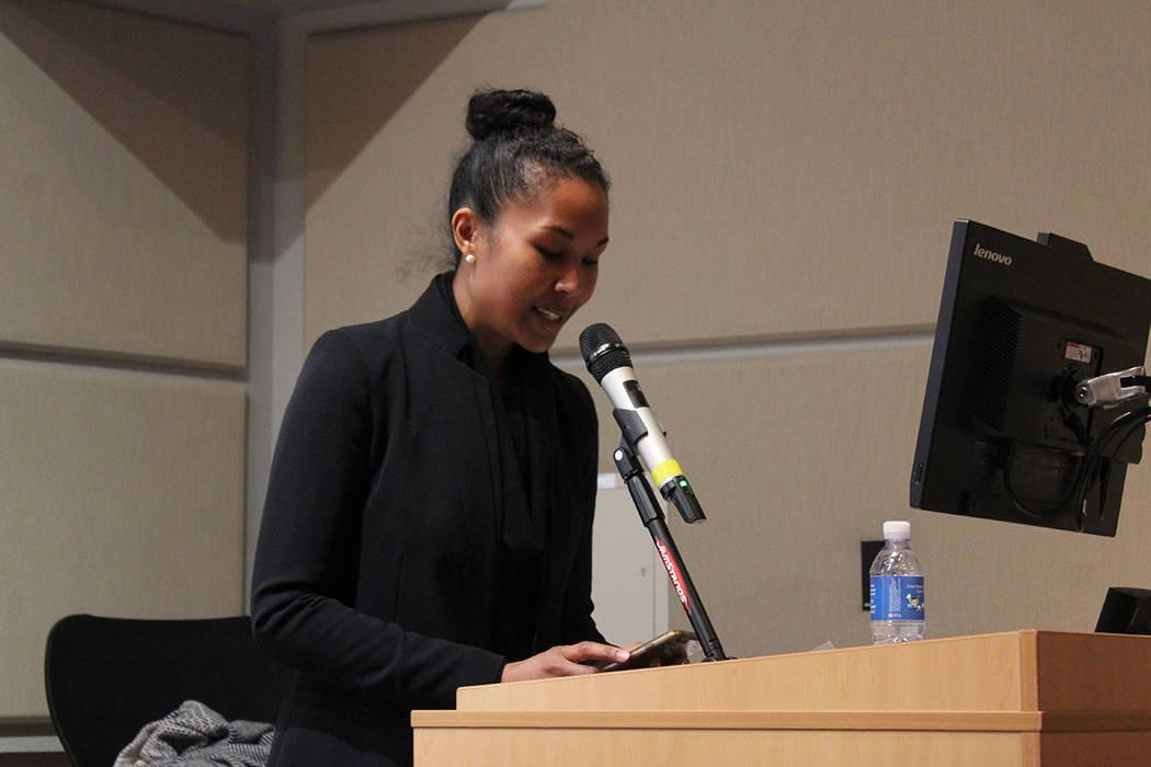 Aida Lancaster, directora ejecutiva de New Hope, recordó que el presupuesto del gobierno contra el tráfico de personas es de $430 mdd. Jueves 31 de enero de 2019 en CSN campus Charleston. Foto C ...