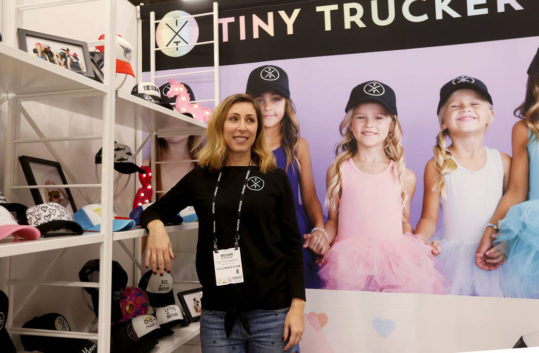 La directora de ventas Megan Klepacki, habla con el Review-Journal en el stand de Tiny Trucker Co. en la feria de moda MAGIC en el Mandalay Bay Convention Center en Las Vegas, el miércoles 6 de f ...