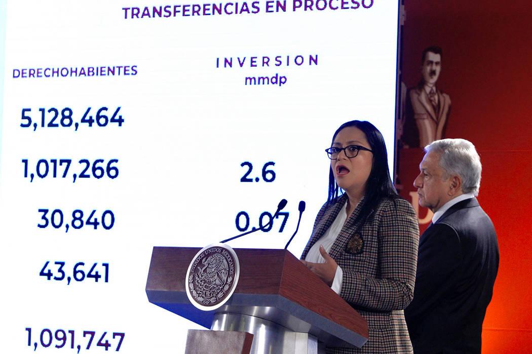 México, 7 Feb 2018 (Notimex- Javier Lira).- Ariadna Montiel Reyes, subsecretaria de Bienestar participó en la conferencia de del presidente Andrés Manuel López Obrador.