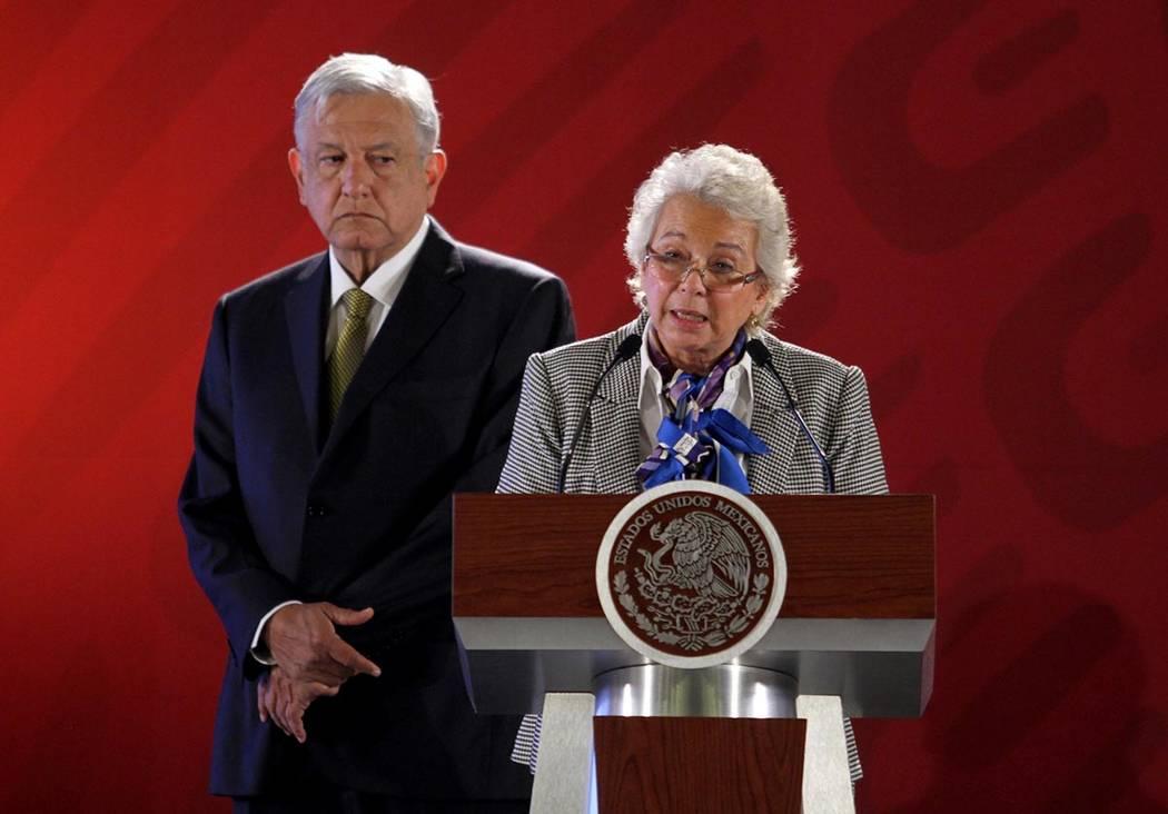 México, 8 Feb 2019 (Notimex-Óscar Ramírez).- La secretaria de Gobernación, Olga Sánchez Cordero, dio a conocer la terna de candidatos a ocupar la titularidad de la Comisión Nacional de Búsq ...