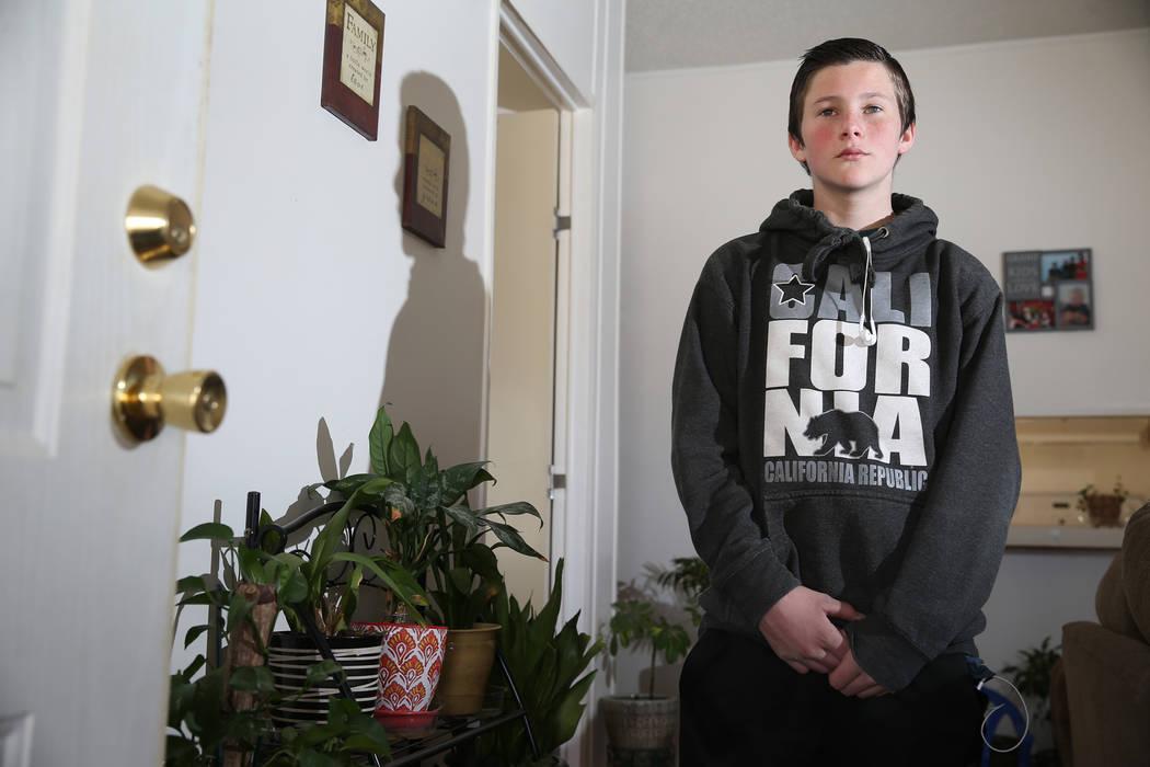 Tanner Reynolds, de 13 años, en Pahrump, el miércoles 6 de febrero de 2019. Reynolds es un ex alumno de la Academia Northwest en el Valle de Amargosa. (Erik Verduzco / Las Vegas Review-Journal) ...