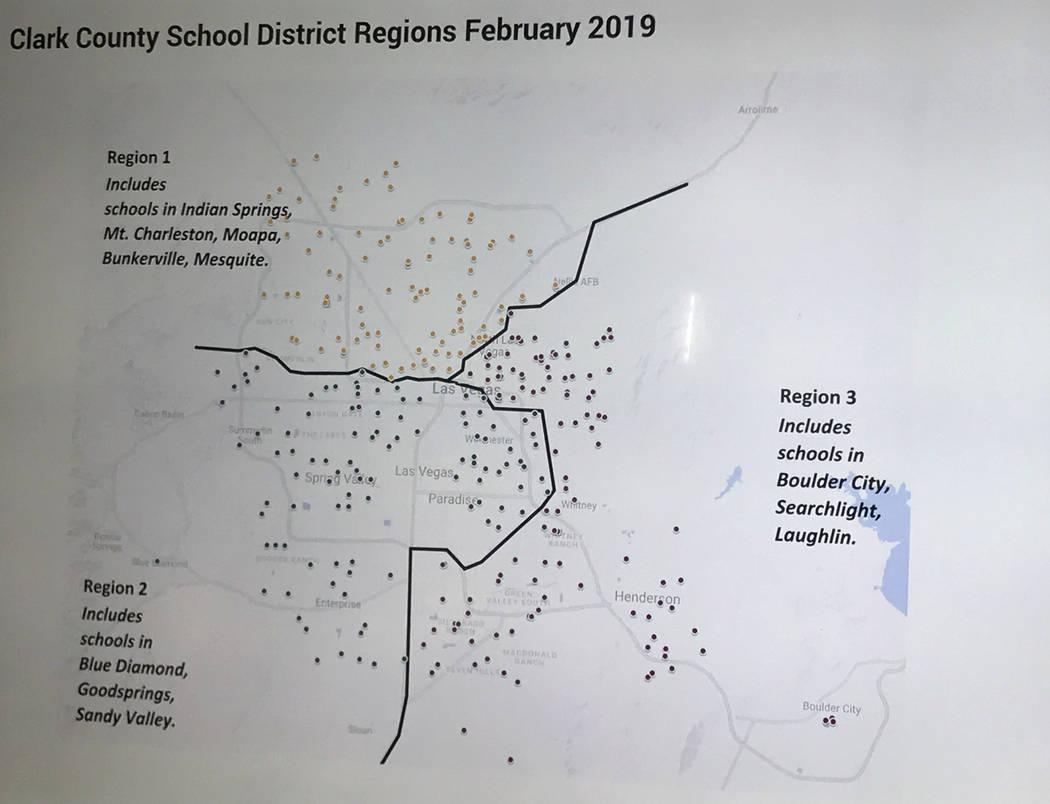 Un mapa publicado el lunes 11 de febrero de 2019 muestra que el Distrito Escolar del Condado de Clark se dividirá en tres regiones bajo el nuevo Superintendente Jesús Jara. (Amelia Pak-Harvey / ...