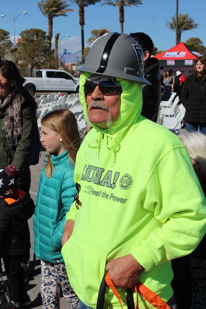 George Sandoval, constructor por 48 años, asistió al evento en apoyo a su esposa sobreviviente de cáncer. Sábado 9 de febrero de 2019 en el Silverton Casino. Foto Cristian De la Rosa / El Tiem ...