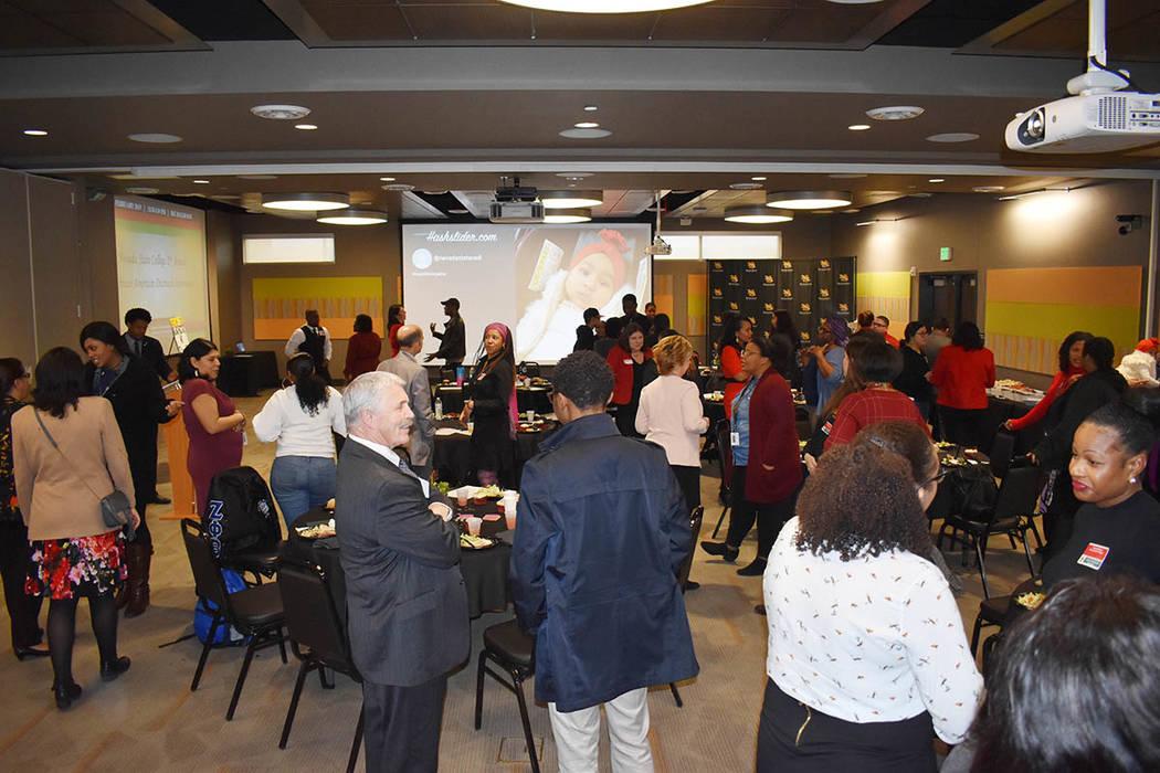 El evento conmemora el Mes de la Historia Afroamericana y honró a los estudiantes, profesores y miembros de la comunidad que contribuyen a la universidad y al éxito de los estudiantes. Jueves 14 ...