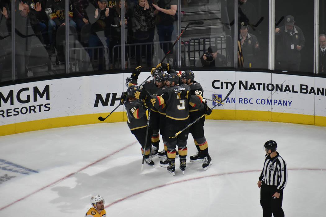 Vegas Golden Knights recibieron la visita de Nashville Predators en juego de la temporada regular 2018-19 de la NHL. Sábado 16 de febrero de 2019 en T-Mobile Arena. Foto Anthony Avellaneda / El T ...