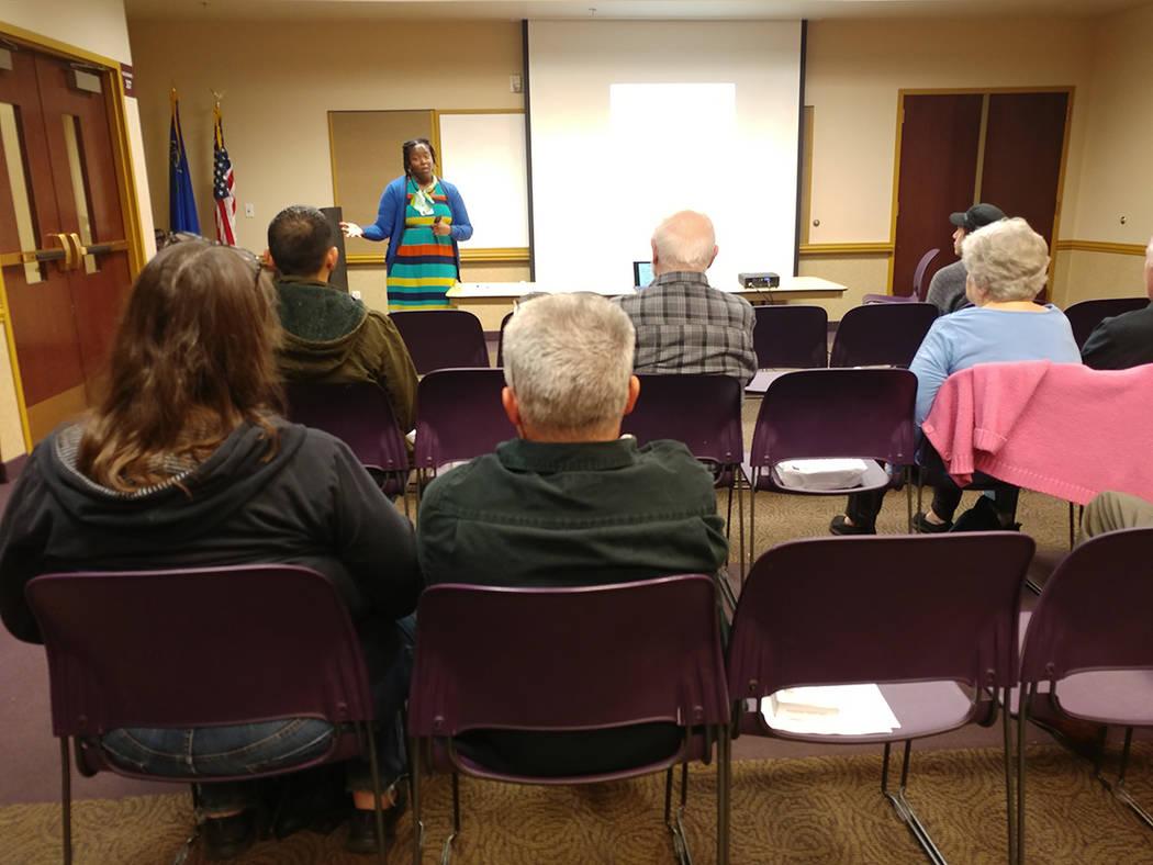 Susan Howe, directora de programas educativos de la Universidad de Nevada, Reno, dijo que el Radón es la principal causa de cáncer de pulmón entre no fumadores. Lunes 4 de febrero de 2019 en la ...