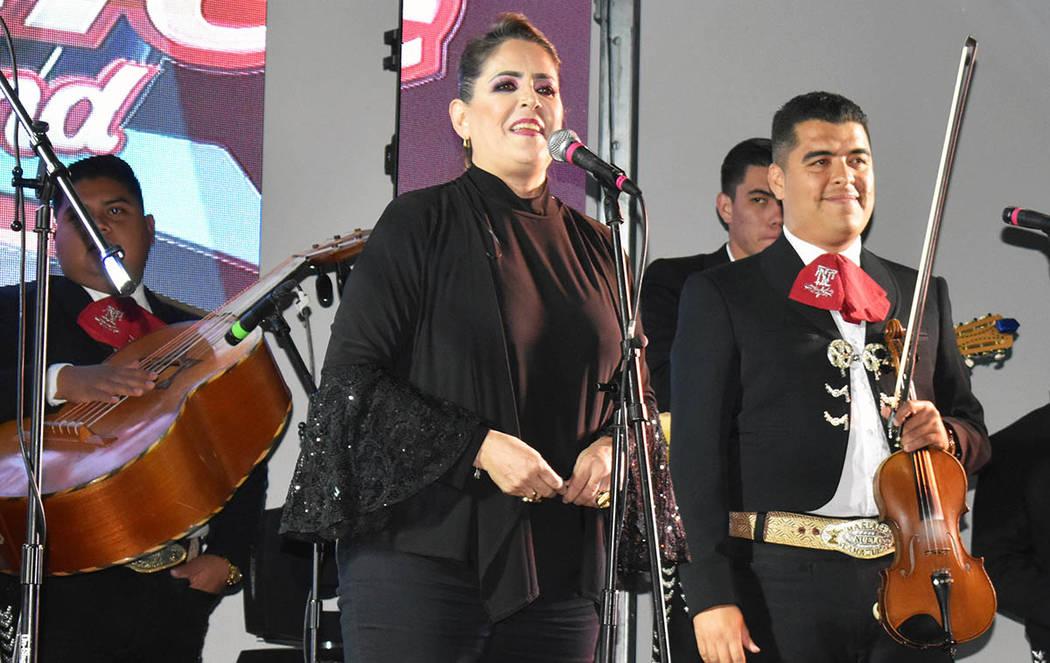 El mariachi Nuevo Tamazula ya se había presentado en esta ciudad en años anteriores, en eventos de recaudación de apoyo organizado por la comunidad tamazulense que reside en esta ciudad, pero e ...