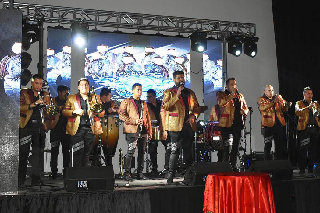 La Banda Zacatecana de Tony Flores amenizó la primera Gran noche de San Valentín en Las Vegas. Viernes 15 de febrero de 2019 en el salón Avriópolis. Foto Frank Alejandre / El Tiempo.